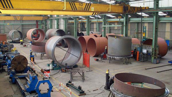Interior de una fábrica industrial